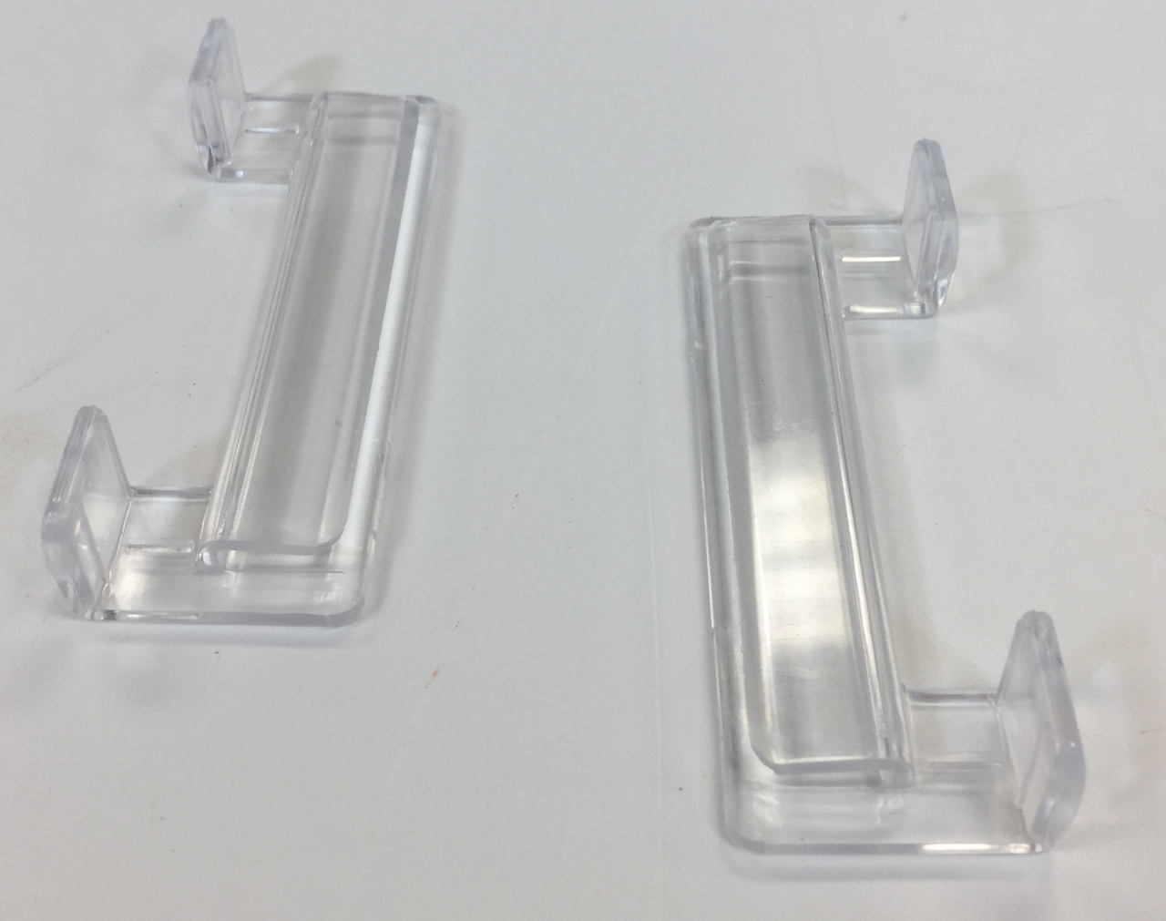 Mr Aqua S Gl Clips For A Rimless Tank Allow The User To Add Lid Any Aquarium Ilize